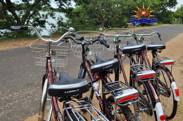 01 - Bicycle rental Batticaloa - East N' West on Board (2)