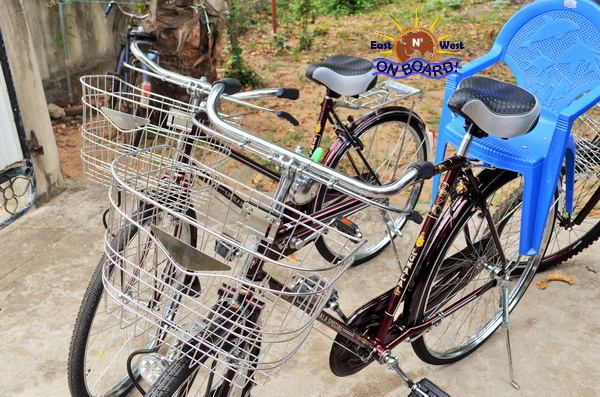01 - Bicycle rental Batticaloa - East N' West on Board