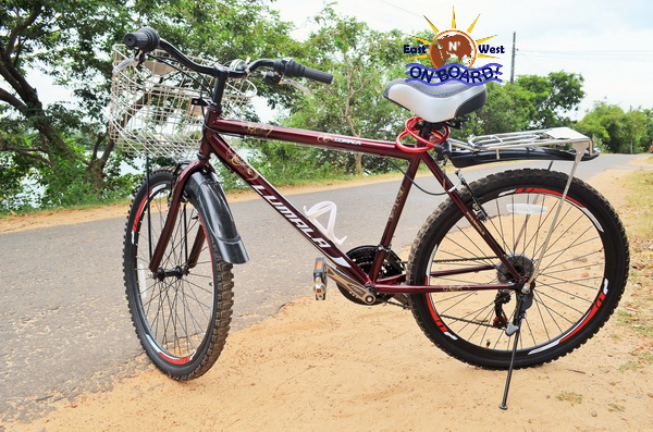 05 - Bicycle rental Batticaloa - East N' West on Board